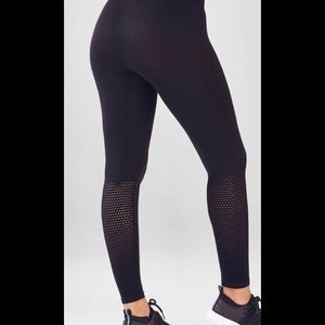 NWT Black Fabletics Leggings